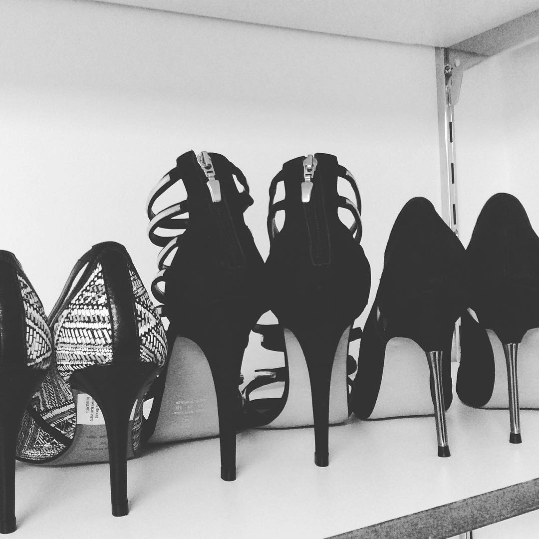 Let's talk about high heels! #studiotutzy #studiotutzyshoesdesign #shoes #calçados #sapatosfemininos #womanpower #high #heels #love #lookatyou #hiend #premium #outsourcing #yourownstyle #style #life #lifestyle #girlies #power #blackandwhite #fashion #saopaulo #london #munich #bordeaux #brazil